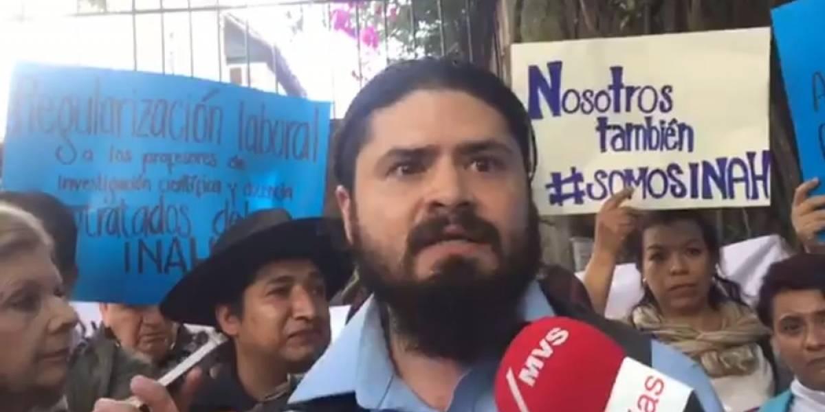 Investigadores del INAH denuncian ante AMLO bajos salarios