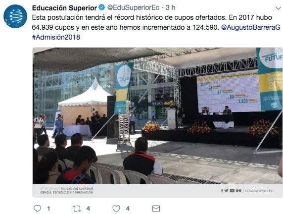 el secretario de Educación Superior, Augusto Barrera
