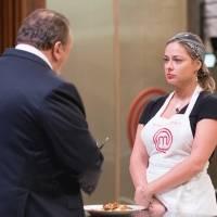 Na prova com carne de bode, a cozinheira foi criticada