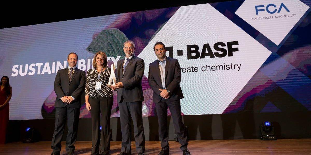 Fiat-Chrysler premia a BASF como su mejor proveedor en sustentabilidad