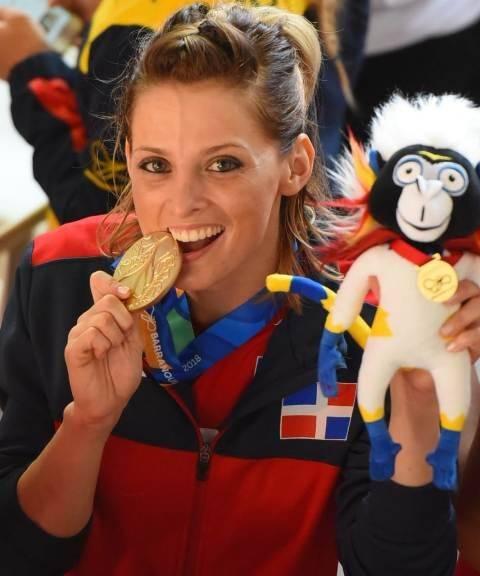 Maria Dimitrova también ganó oro para RD