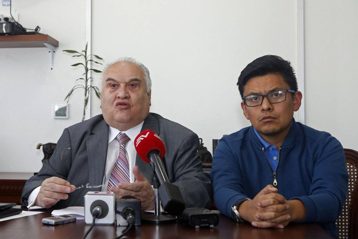 Abogados de Rafael Correa piden diferir la audiencia de Caso Balda API