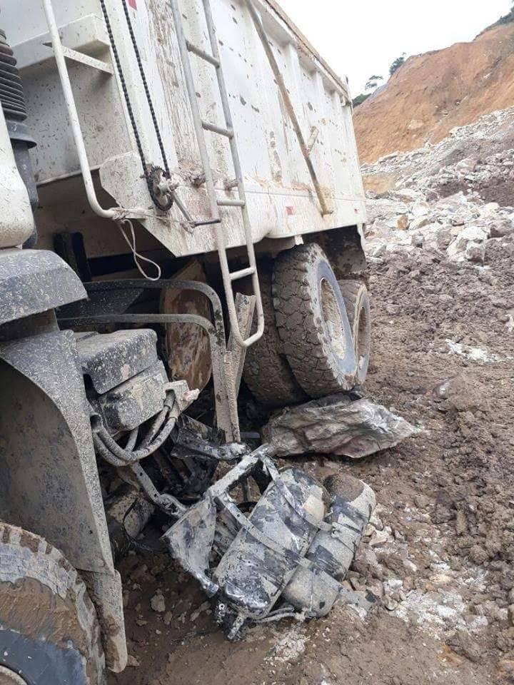 Deslizamiento de rocas cobró la vida de conductor de volqueta