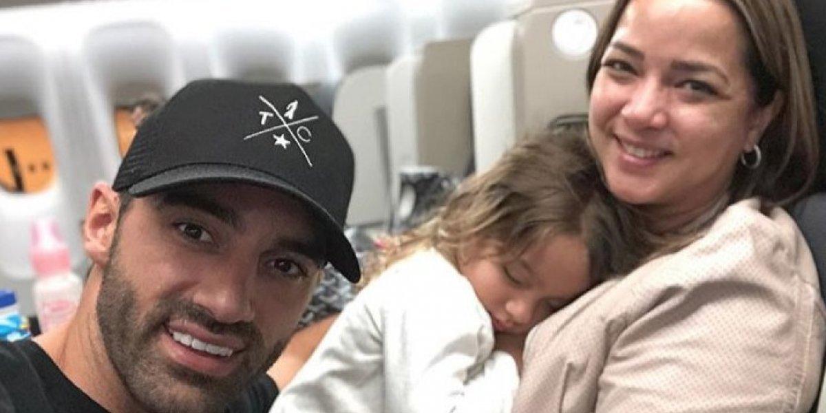 Toni Costa publica divertida foto junto a su familia