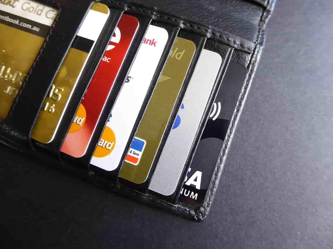 Los bancos deberán reembolsar en dos días hábiles un cargo no reconocido