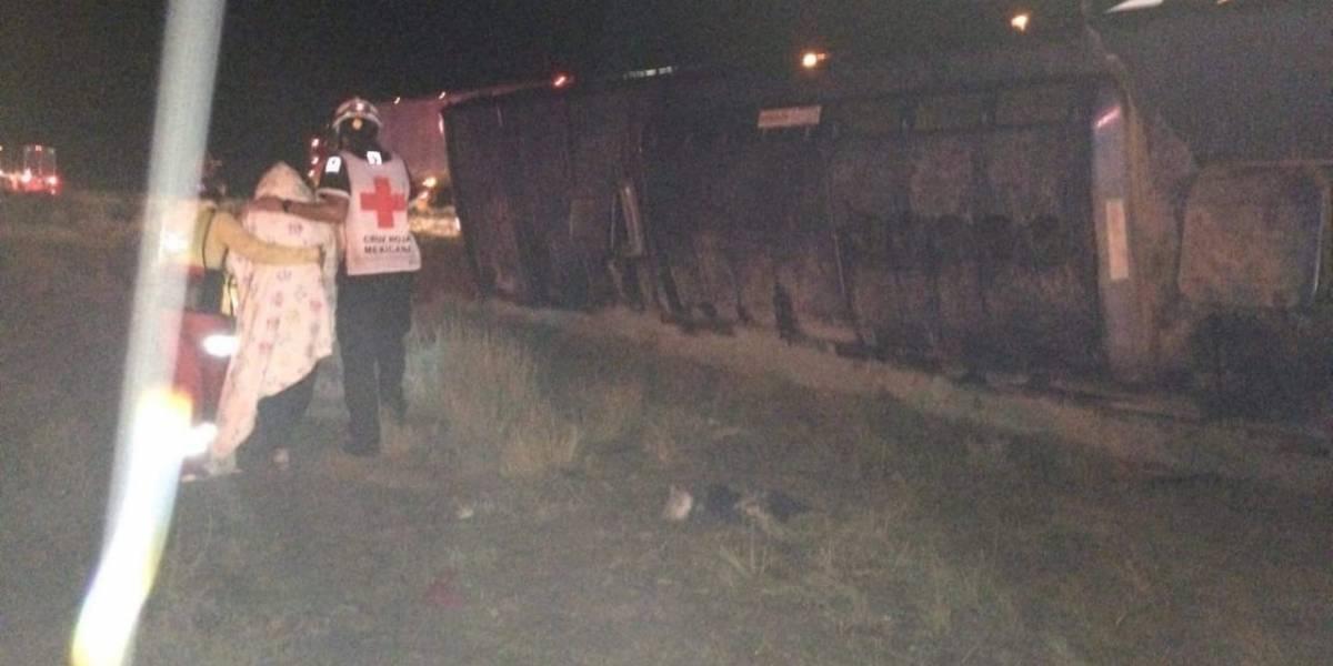 Peregrinos iban a la CDMX y chocan en NL; hay 12 heridos