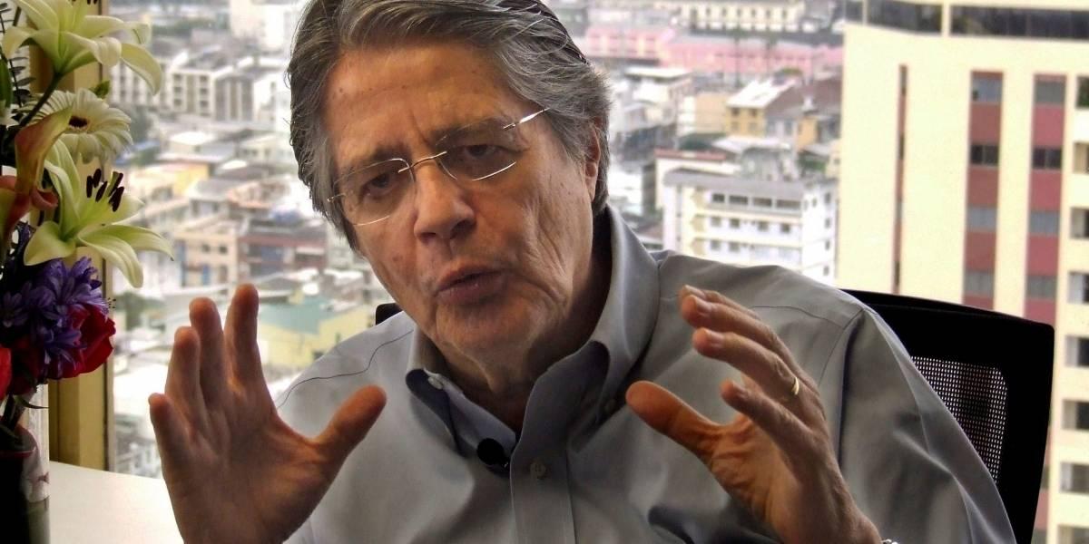 Guillermo Lasso reaparece tras su operación en Estados Unidos
