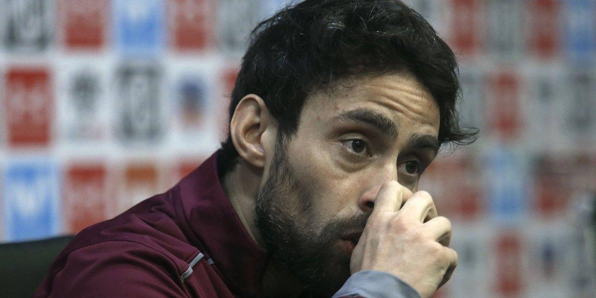 """Jorge Valdivia cree que es una """"estupidez"""" fijarse en la camiseta supuestamente regalada por Claudio Baeza"""