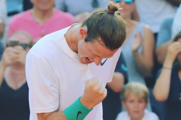 Nicolás Jarry celebró en Hamburgo / imagen: Twitter ATP 500 de Hamburgo