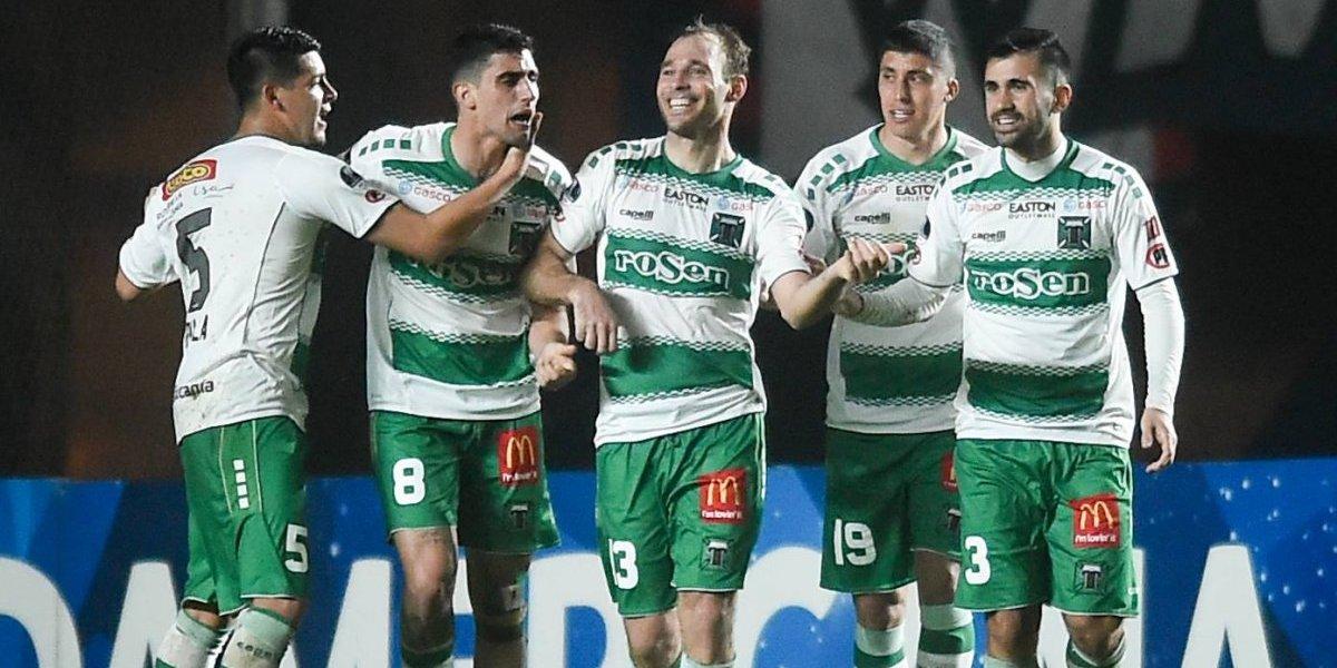Arturo Vidal se sumó a las felicitaciones para el histórico Temuco tras el triunfo ante San Lorenzo