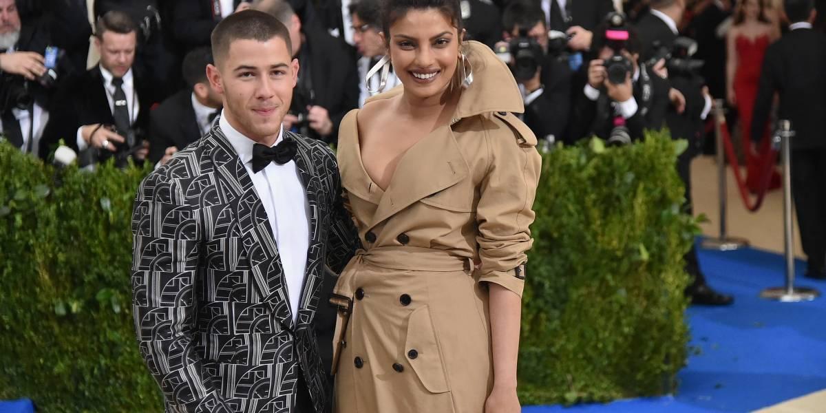 Nick Jonas e Priyanka Chopra, de Quantico, estão noivos após dois meses de namoro, diz revista