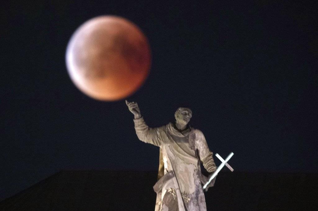 Luna de sangre en Alemania Foto: AP