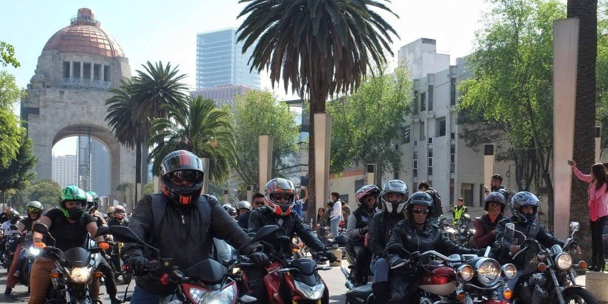 Suspenden trámite de placas para motocicletas en CDMX