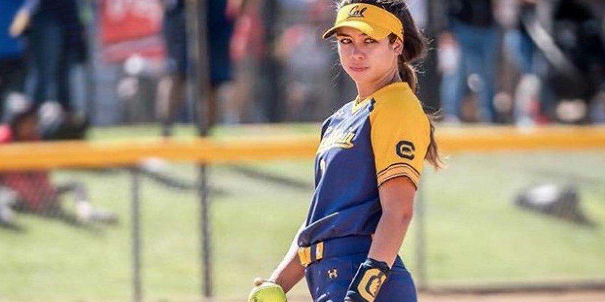 La sexy lanzadora del equipo de sóftbol femenino de Puerto Rico