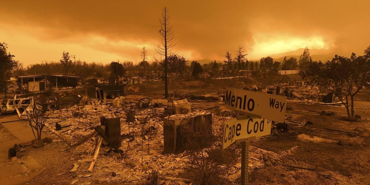 Incendio descontrolado arrasa 500 inmuebles en California