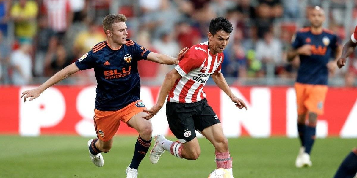 Lozano jugó en el regreso del PSV a los partidos amistosos