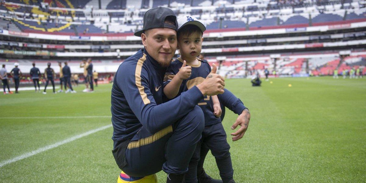 Nicolás Castillo no olvida a Pumas