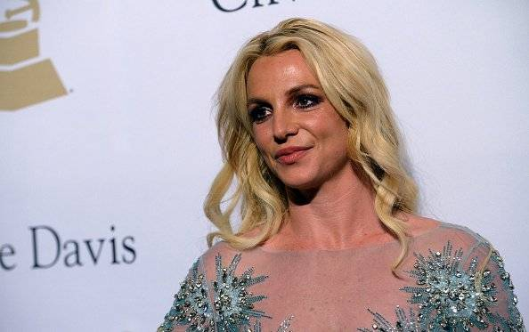 "Britney Spears baila ""Chantaje"" al ritmo de Shakira y ella la comenta"