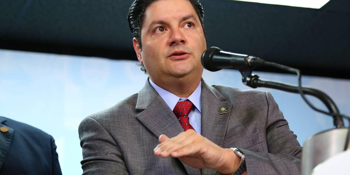 Representante propone votar por Internet