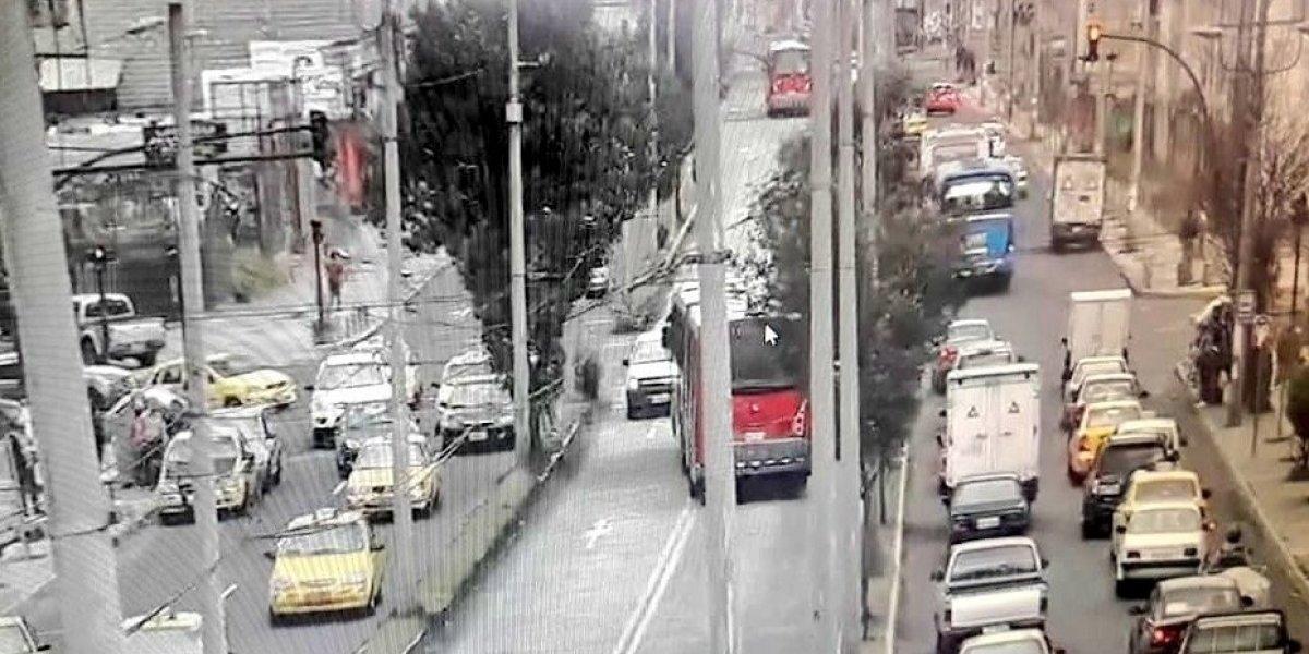 Quito: Accidente de tránsito sobre Condor Ñan y Rumichaca Ñan