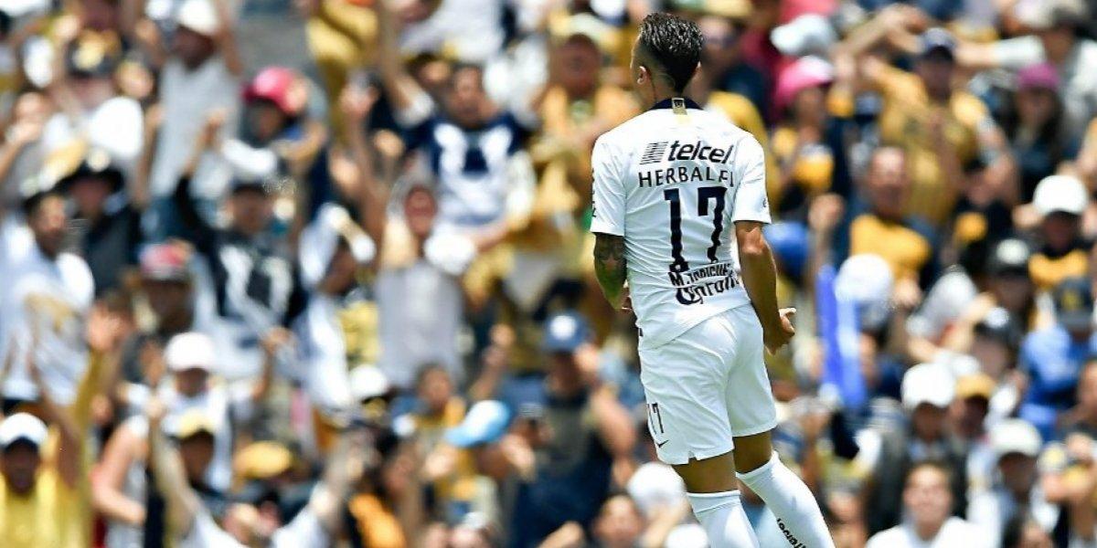 """Pumas apabulló a Necaxa en una majestuosa jornada con seis goles """"chilenos"""""""