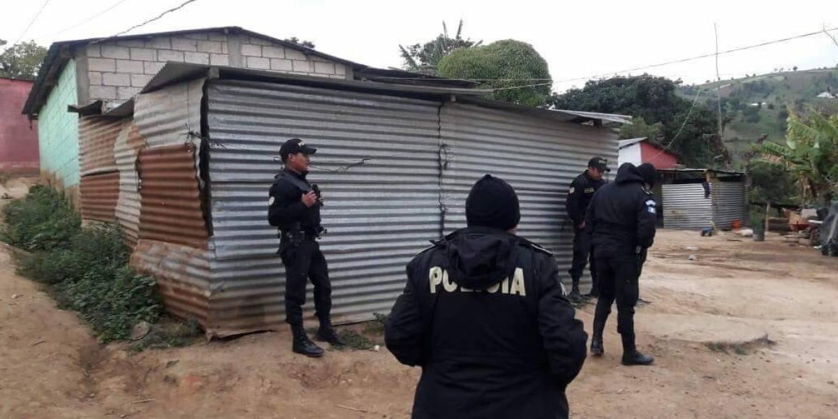 PNC lleva a cabo 15 allanamientos en Sumpango en busca de asaltabuses