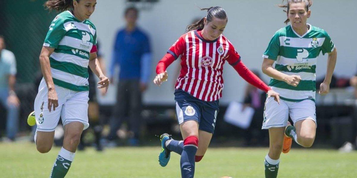"""""""Cada vez nos vemos mejor"""": técnico de Chivas femenil"""
