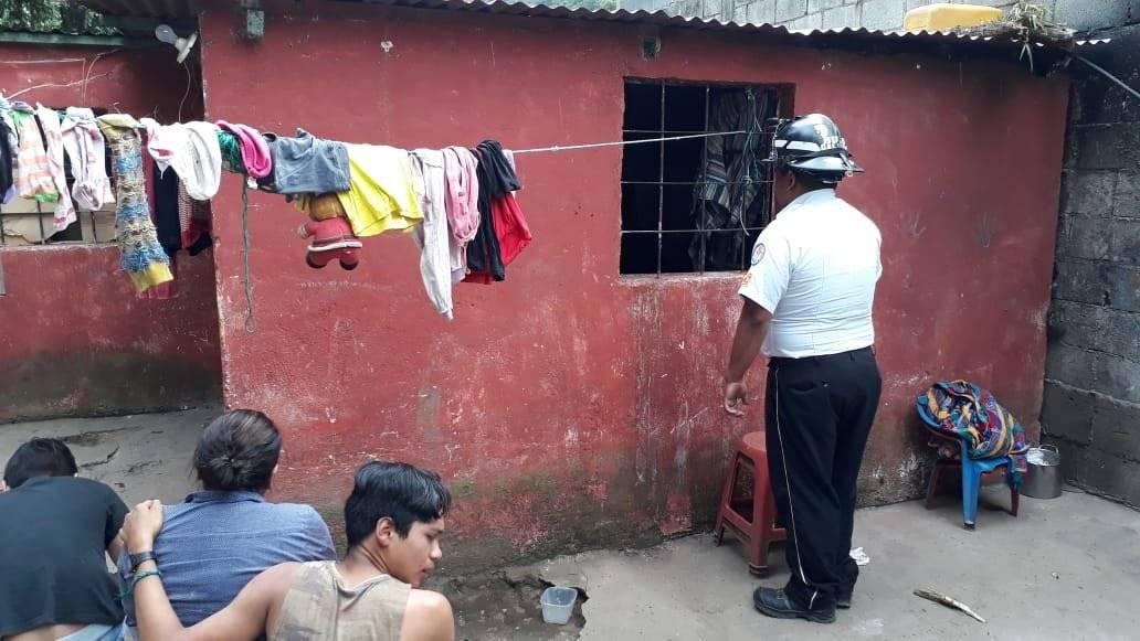 Los familiares de Cristóbal Paz Hernández lamentaron su muerte. Foto: Bomberos Voluntarios
