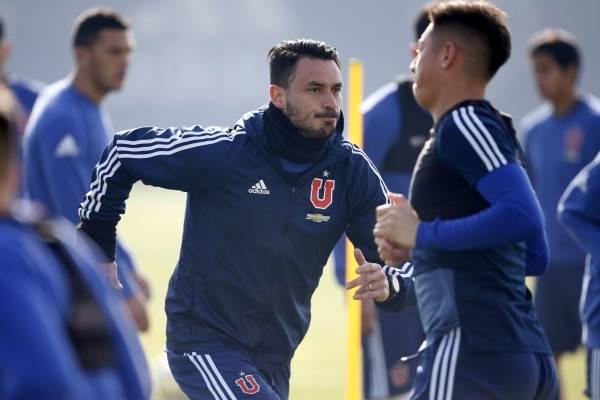 Filtraron el contrato que firmó Pinilla para irse a Argentina