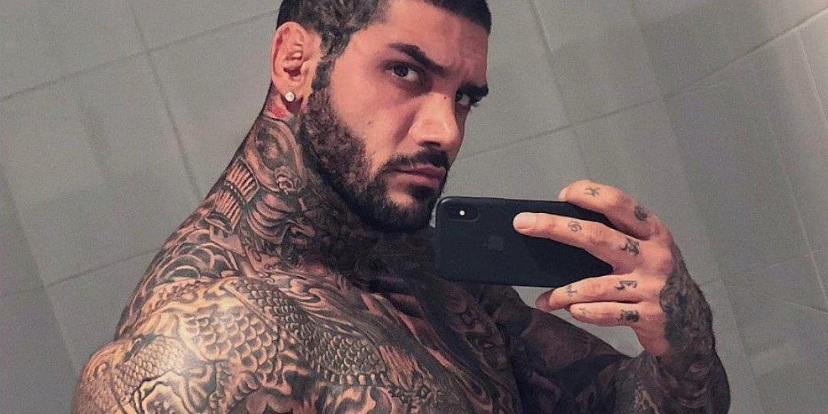 El fisicoculturista que es criticado por llenar su cuerpo de tatuajes