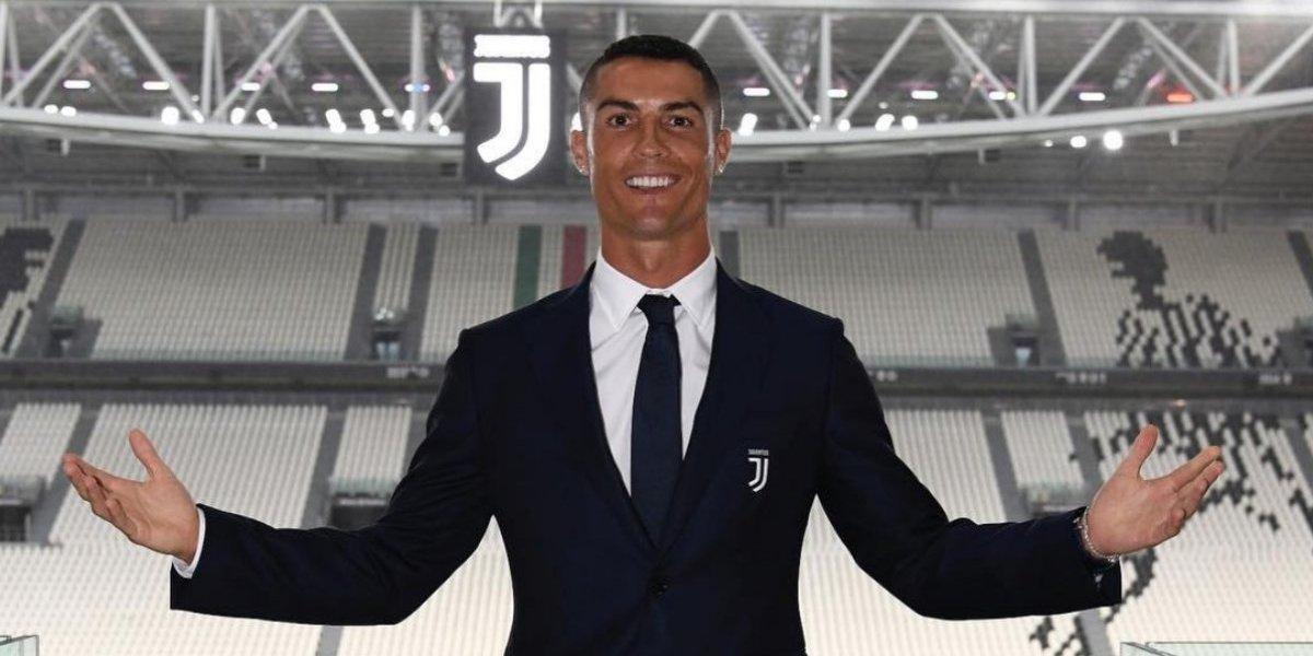 Cristiano llega a Turín para comenzar etapa con la Juventus