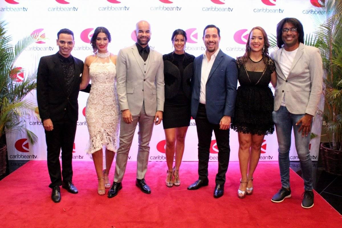 Los talentos de Caribbean TV en una foto histórica. Elvys Joe