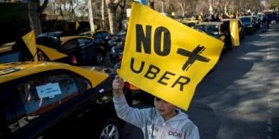 Taxistas chilenos protestan contra Uber