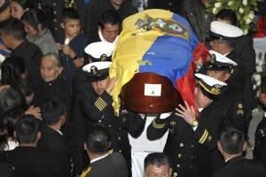 Piden indagar a jueces por sanciones tras sublevación policial contra Correa