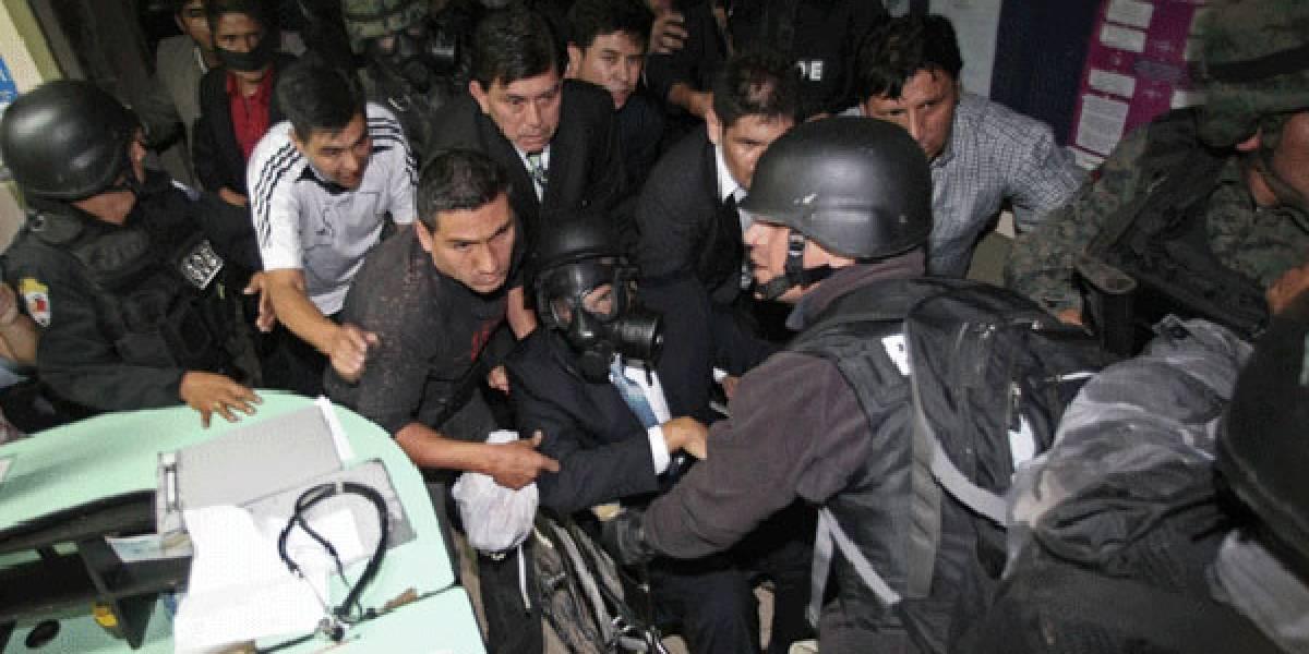 Víctimas del 30S piden indagar a jueces por sanciones tras sublevación policial contra Correa