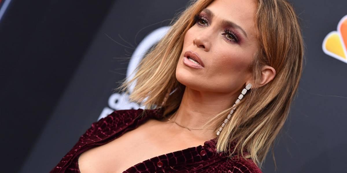 Jennifer Lopez calienta las redes con una foto en bikini