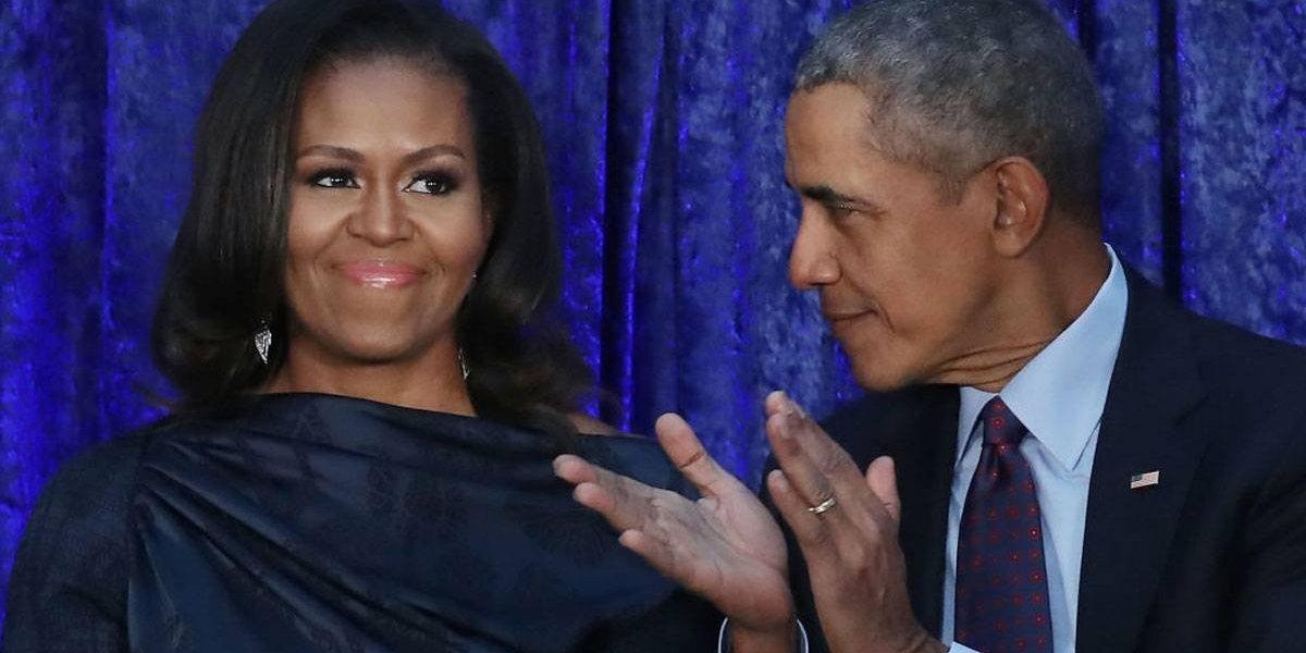 A história romântica do primeiro beijo entre Michelle e Barack Obama
