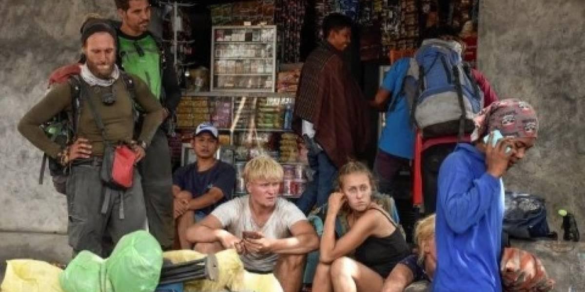Tras fuertes avalanchas y desprendimientos: más de 500 excursionistas atrapados por el terremoto en Indonesia