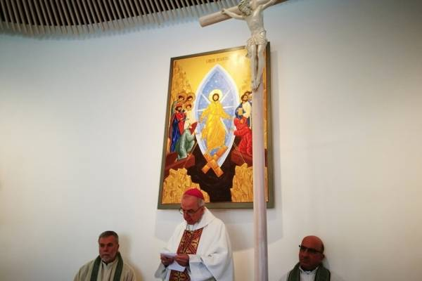 Cuestionado cardenal declina encabezar ceremonia en Chile