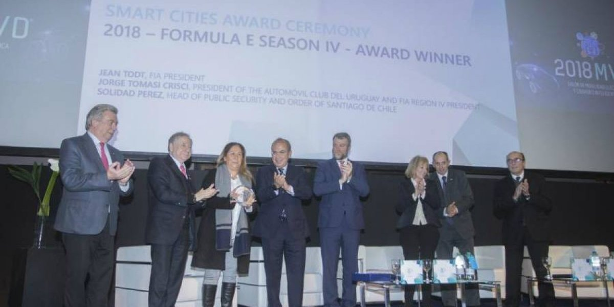 Santiago gana el premio FIA Smart Cities 2018