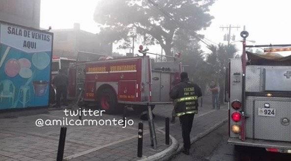 incendio en bodega de la zona 12