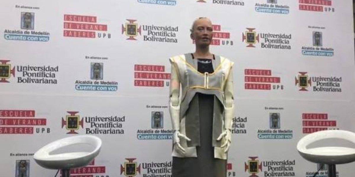 Sophia, la robot humanoide, está en Medellín y es su primera vez en Suramérica