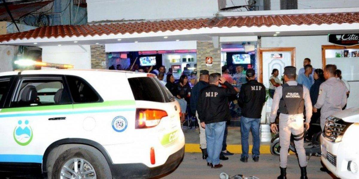 Interior y Policía clausura 15 establecimientos por presencia de menores