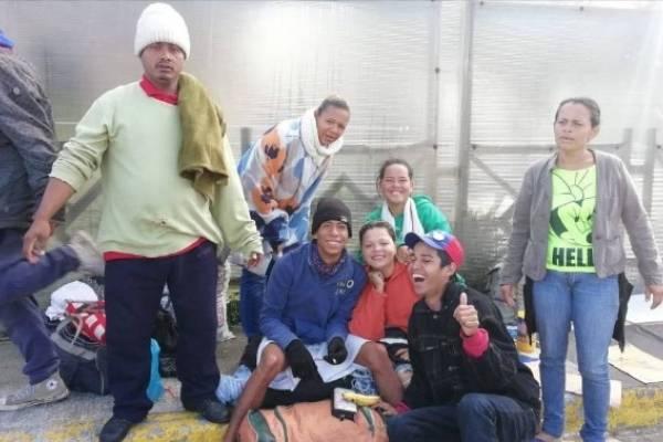 Venezolanos se despiden del terminal de Carcelén y migran a nuevo refugio