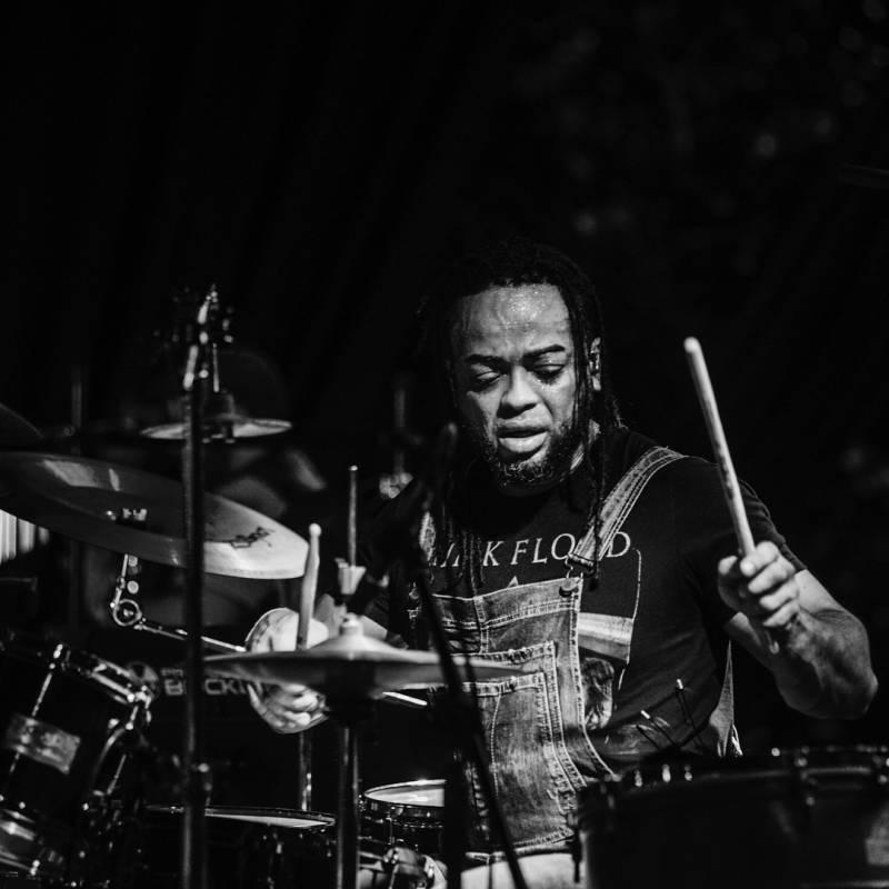 Boris Bilbraut baterista de Cultura Profética. Instagram