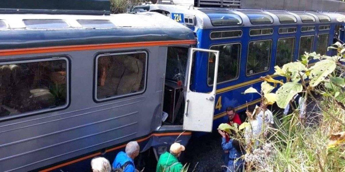 Chocan trenes con turistas que iban a Machu Picchu