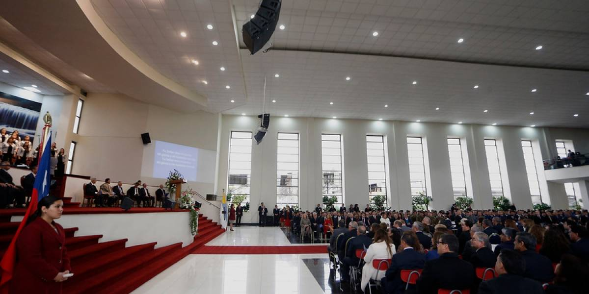 Movimiento LGTBI se anota victoria legal: Movilh gana demanda por daño moral a la Catedral Evangélica