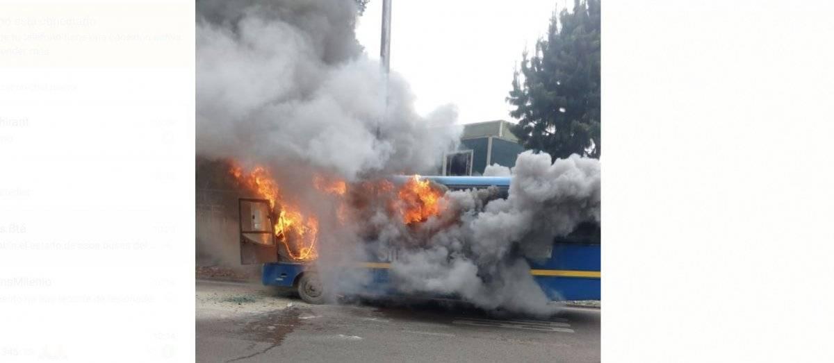 Incendio de bus del Sitp cortesía