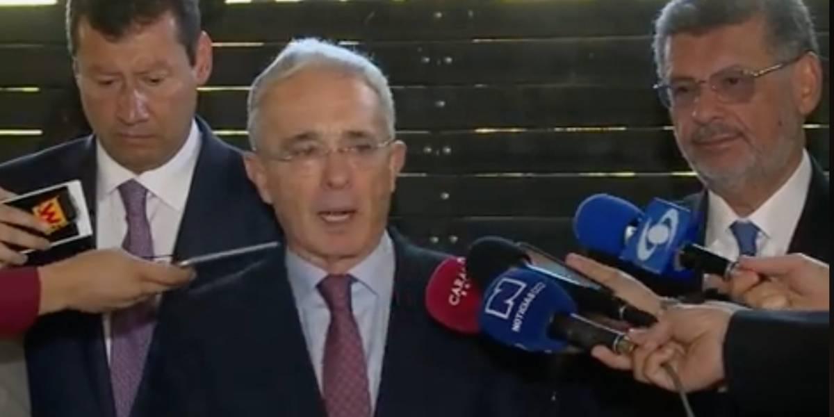 Llaman a interrogatorio a Diego Cadena, abogado de Álvaro Uribe
