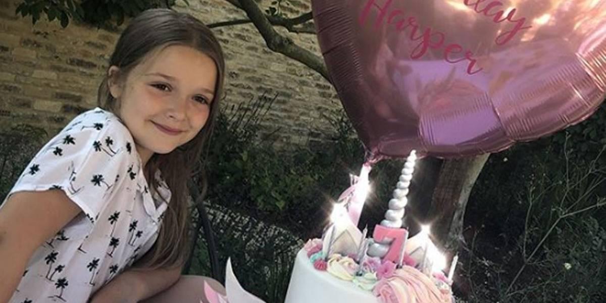 Filha de David Beckham corta o cabelo pela primeira vez aos 7 anos; pai lamenta